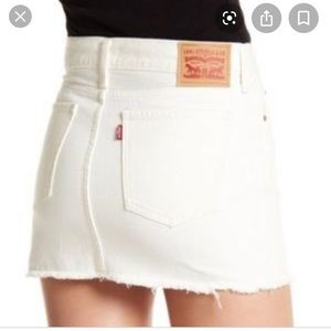 Brand new Sexy Levi white denim jean skirt